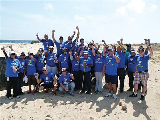 Aruba News by VisitAruba - Employees of the Radisson Aruba Resort