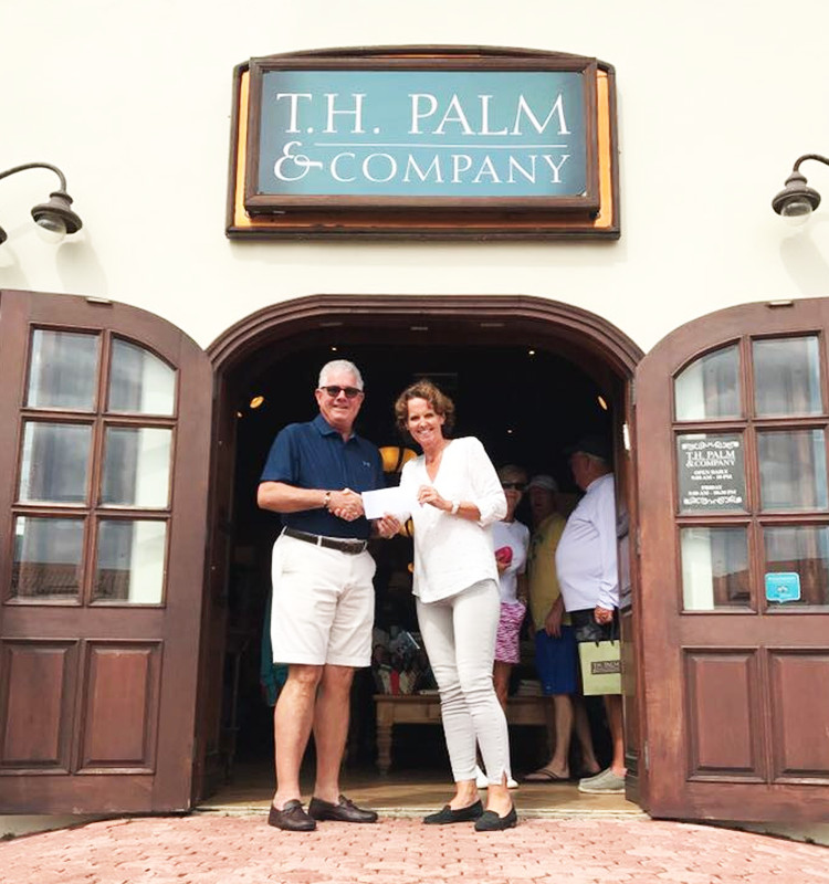 T-H-Palm-and-company-charity-repair-of-the-world-aruba-shopping-donate-red-cross-relief.JPG